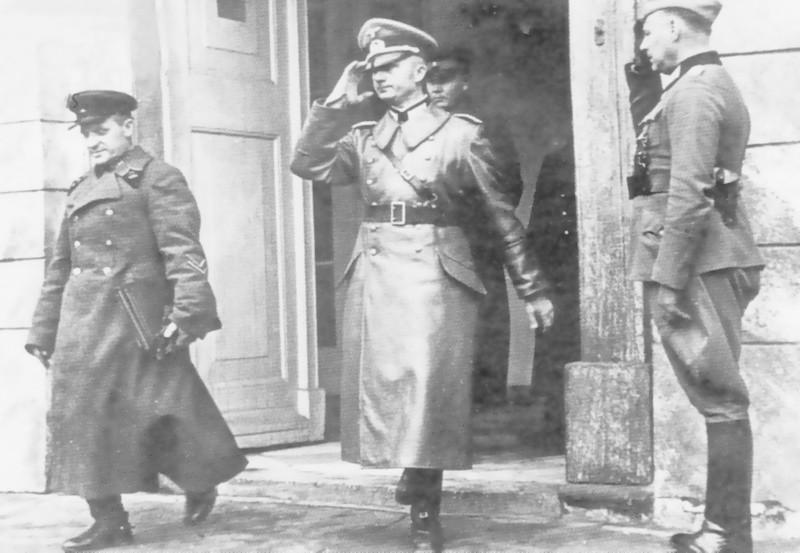 Як немцы саветам у 1939 Беласток перадавалі